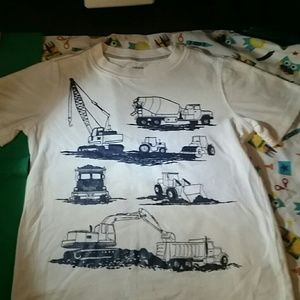 Size 5 Carters Tshirt